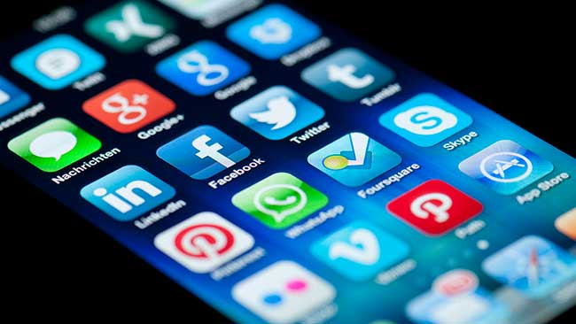 Essential Apps For Your Smartphone - Mr Aberthon