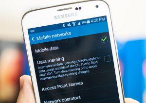 Turning on Roaming settings on Samsung S5