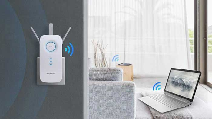 Wireless Range Extender giving Wi-Fi to laptop in another room