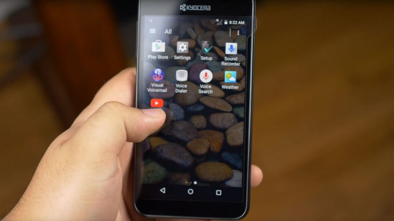 The apps of the Kyocera Hydro Wave