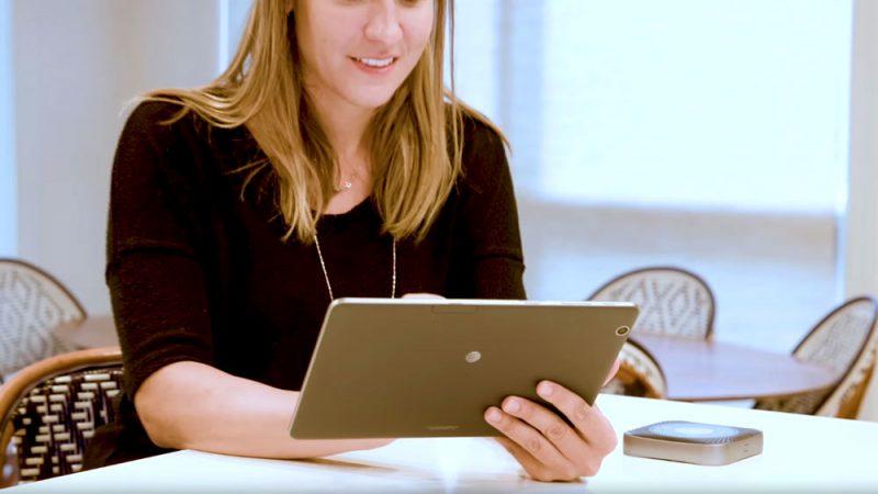 woman on tablet using netgear nighthawk